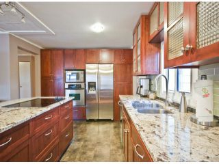Photo 7: 31539 LOMBARD Avenue in Abbotsford: Poplar Manufactured Home for sale : MLS®# F1429021