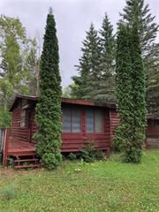 Photo 1: 19 River Drive in Lac Du Bonnet: Single Family Detached for sale : MLS®# 1932396