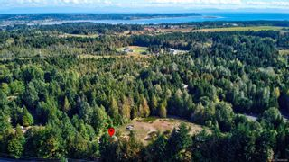 Main Photo: 3840 Small Rd in : CV Courtenay North House for sale (Comox Valley)  : MLS®# 886088