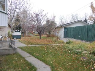 Photo 3: 312 DALGLEISH Bay NW in CALGARY: Dalhousie Residential Detached Single Family for sale (Calgary)  : MLS®# C3590245