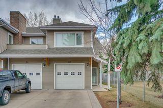 Photo 2: 32 914 20 Street SE in Calgary: Inglewood Row/Townhouse for sale : MLS®# C4236501