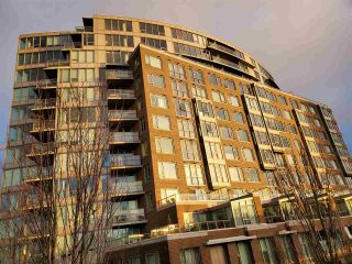 """Photo 1: 1013 445 W 2ND Avenue in Vancouver: False Creek Condo for sale in """"MAYNARD BLOCK"""" (Vancouver West)  : MLS®# R2550291"""