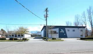 Photo 5: 8346 NOBLE Road in Chilliwack: Chilliwack W Young-Well Office for sale : MLS®# C8037580