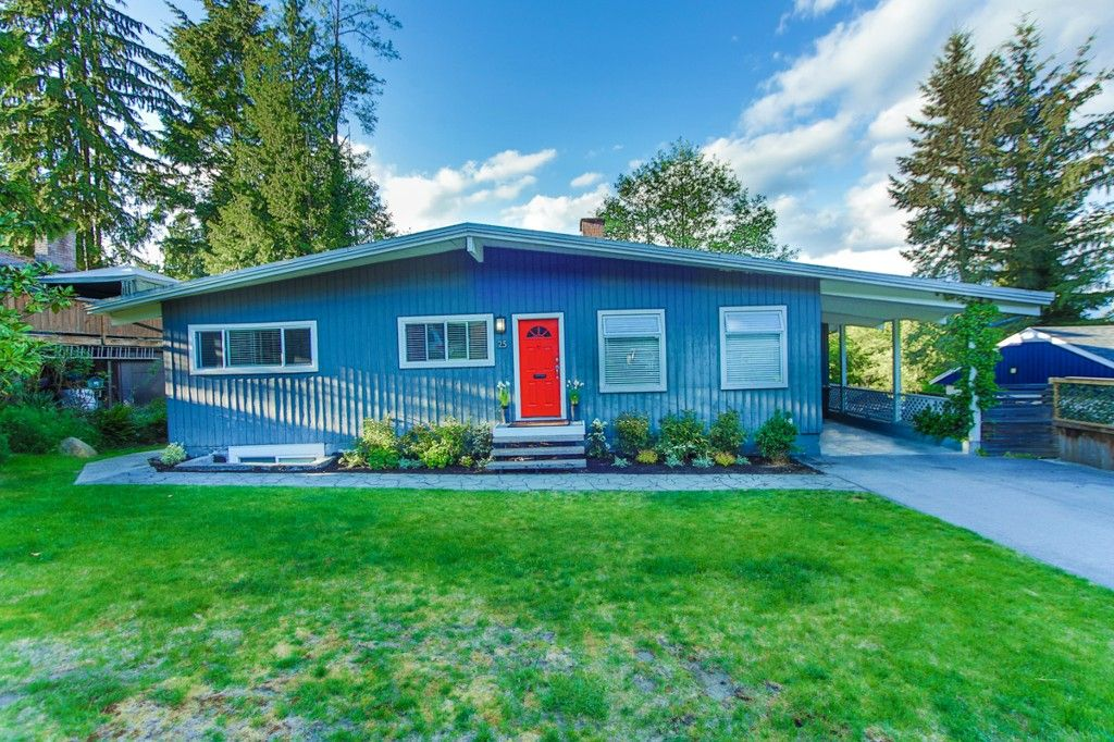 Main Photo: 25 MOUNT ROYAL Drive in Port Moody: College Park PM House for sale : MLS®# R2080004