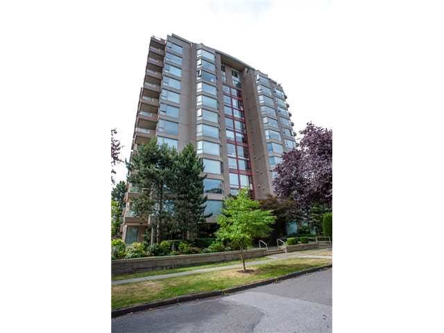 "Main Photo: 503 2108 W 38TH Avenue in Vancouver: Kerrisdale Condo for sale in ""The Wilshire"" (Vancouver West)  : MLS®# R2058864"