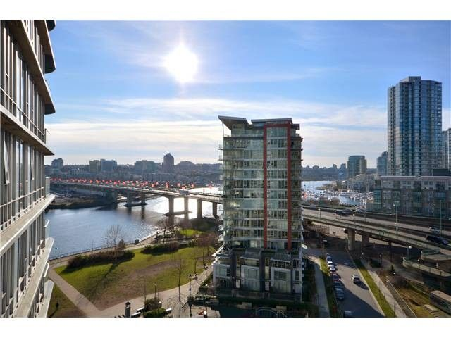 Main Photo: # 1807 918 COOPERAGE WY in Vancouver: Yaletown Condo for sale (Vancouver West)  : MLS®# V1006195