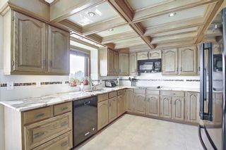 Photo 8: 111 Sirocco Place SW in Calgary: Signal Hill Detached for sale : MLS®# A1129573