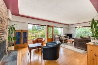 Photo 2: 969 GATENSBURY Street in Coquitlam: Harbour Chines House for sale : MLS®# R2413036
