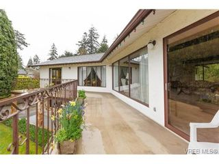 Photo 16: 8526 Lochside Dr in NORTH SAANICH: NS Bazan Bay House for sale (North Saanich)  : MLS®# 695746