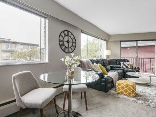 """Photo 6: 204 36 E 14 Avenue in Vancouver: Mount Pleasant VE Condo for sale in """"Rosemont Manor"""" (Vancouver East)  : MLS®# R2166015"""