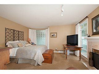 Photo 7: 356 TAYLOR WY in West Vancouver: Park Royal Condo for sale : MLS®# V1073240