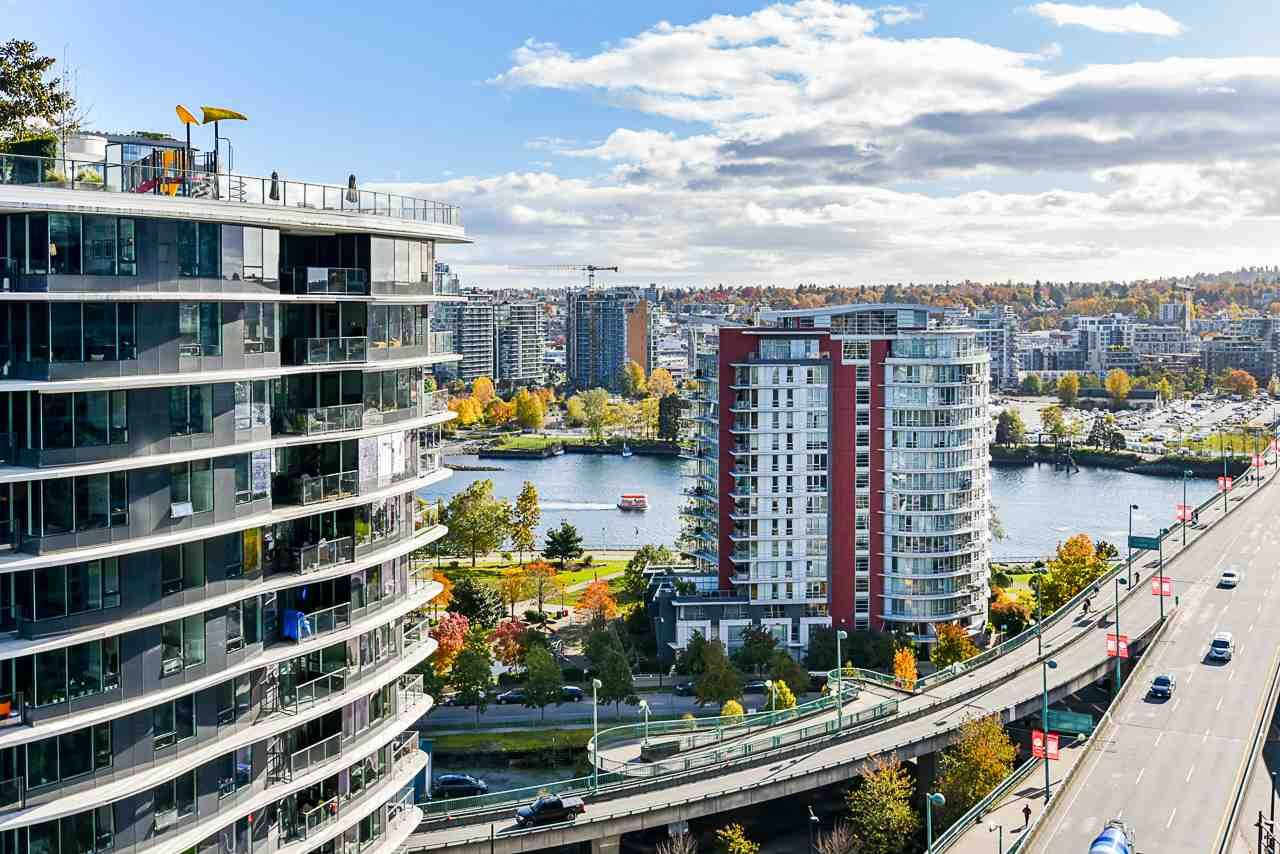 """Main Photo: 1611 89 NELSON Street in Vancouver: Yaletown Condo for sale in """"ARC"""" (Vancouver West)  : MLS®# R2515493"""