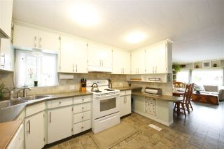 Photo 13: 19 BRACKEN Parkway in Squamish: Brackendale Manufactured Home for sale : MLS®# R2342599