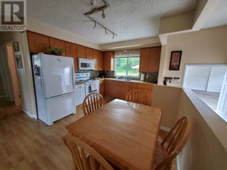 Photo 7: 2537 ABBOTT CRESCENT in Prince George: House for sale : MLS®# R2604867