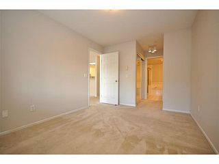 """Photo 7: 312 5518 14TH Avenue in Tsawwassen: Cliff Drive Condo for sale in """"WINDSOR WOODS"""" : MLS®# V1007789"""