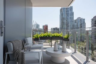 """Photo 2: 904 885 CAMBIE Street in Vancouver: Downtown VW Condo for sale in """"THE SMITHE"""" (Vancouver West)  : MLS®# R2597405"""