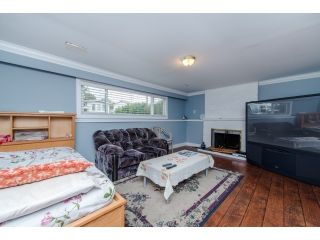 Photo 3: 1966 Catalina Crescent in Abbotsford: Abbotsford West House for sale