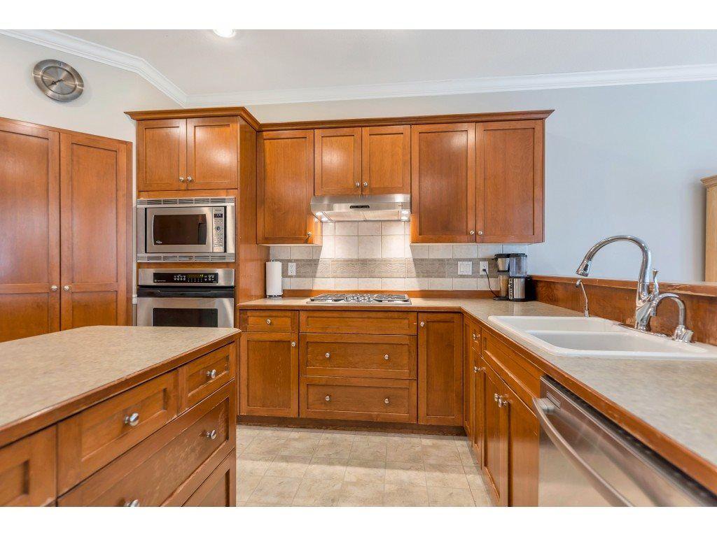 "Photo 12: Photos: 11617 CREEKSIDE Street in Maple Ridge: Cottonwood MR House for sale in ""Cottonwood"" : MLS®# R2554913"