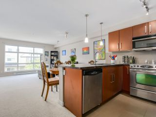 """Photo 5: 307 15168 19TH Avenue in Surrey: Sunnyside Park Surrey Condo for sale in """"The Mint"""" (South Surrey White Rock)  : MLS®# R2070329"""