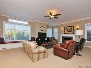 Photo 4: 1677 Texada Terr in NORTH SAANICH: NS Dean Park House for sale (North Saanich)  : MLS®# 626985