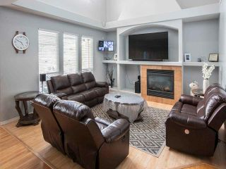 Photo 8: House for sale