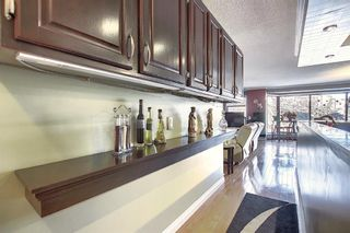Photo 6: 806 320 Meredith Road NE in Calgary: Crescent Heights Apartment for sale : MLS®# A1143492