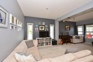 Photo 8: 121 EVERWOODS Court SW in Calgary: Evergreen Detached for sale : MLS®# C4306108