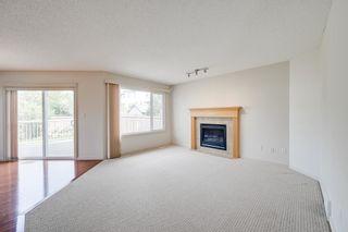Photo 3: 1608 HODGSON Court in Edmonton: Zone 14 House for sale : MLS®# E4247502