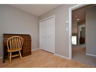 Photo 10: 102 710 Massie Dr in VICTORIA: La Langford Proper Row/Townhouse for sale (Langford)  : MLS®# 610225