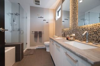 """Photo 15: 401 220 SALTER Street in New Westminster: Queensborough Condo for sale in """"GLASSHOUSE LOFTS"""" : MLS®# R2159431"""