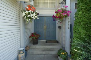Photo 2: 5946 188 Street in Surrey: Cloverdale BC House for sale (Cloverdale)  : MLS®# R2189626
