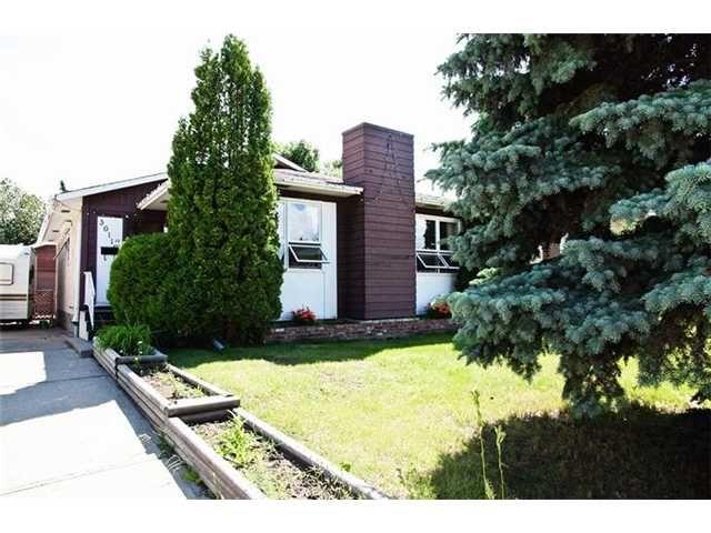 Main Photo: 3611 10 AV in EDMONTON: Zone 29 Residential Detached Single Family for sale (Edmonton)  : MLS®# E3271235