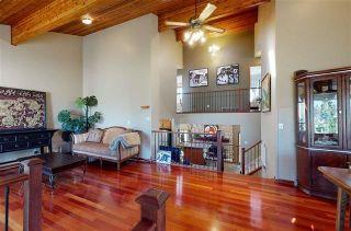 Photo 3: 9823 161 Avenue in Edmonton: Zone 27 House for sale : MLS®# E4225124