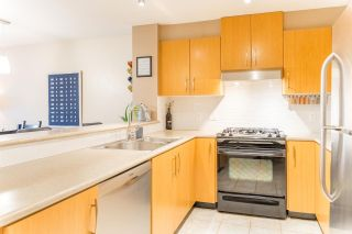 """Photo 4: 208 500 KLAHANIE Drive in Port Moody: Port Moody Centre Condo for sale in """"THE TIDES"""" : MLS®# R2589144"""