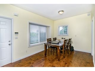 Photo 9: 7522 1ST Street in Burnaby: East Burnaby 1/2 Duplex for sale (Burnaby East)  : MLS®# R2381527