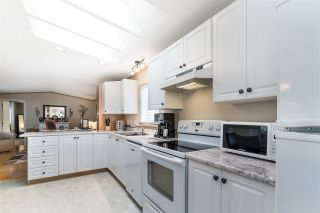 "Photo 16: 12 7610 EVANS Road in Chilliwack: Sardis West Vedder Rd Manufactured Home for sale in ""COTTONWOOD VILLAGE - GATE 4"" (Sardis)  : MLS®# R2541766"