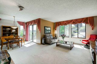 Photo 2: 2217 HILLSIDE Avenue in Coquitlam: Cape Horn House for sale : MLS®# R2387517