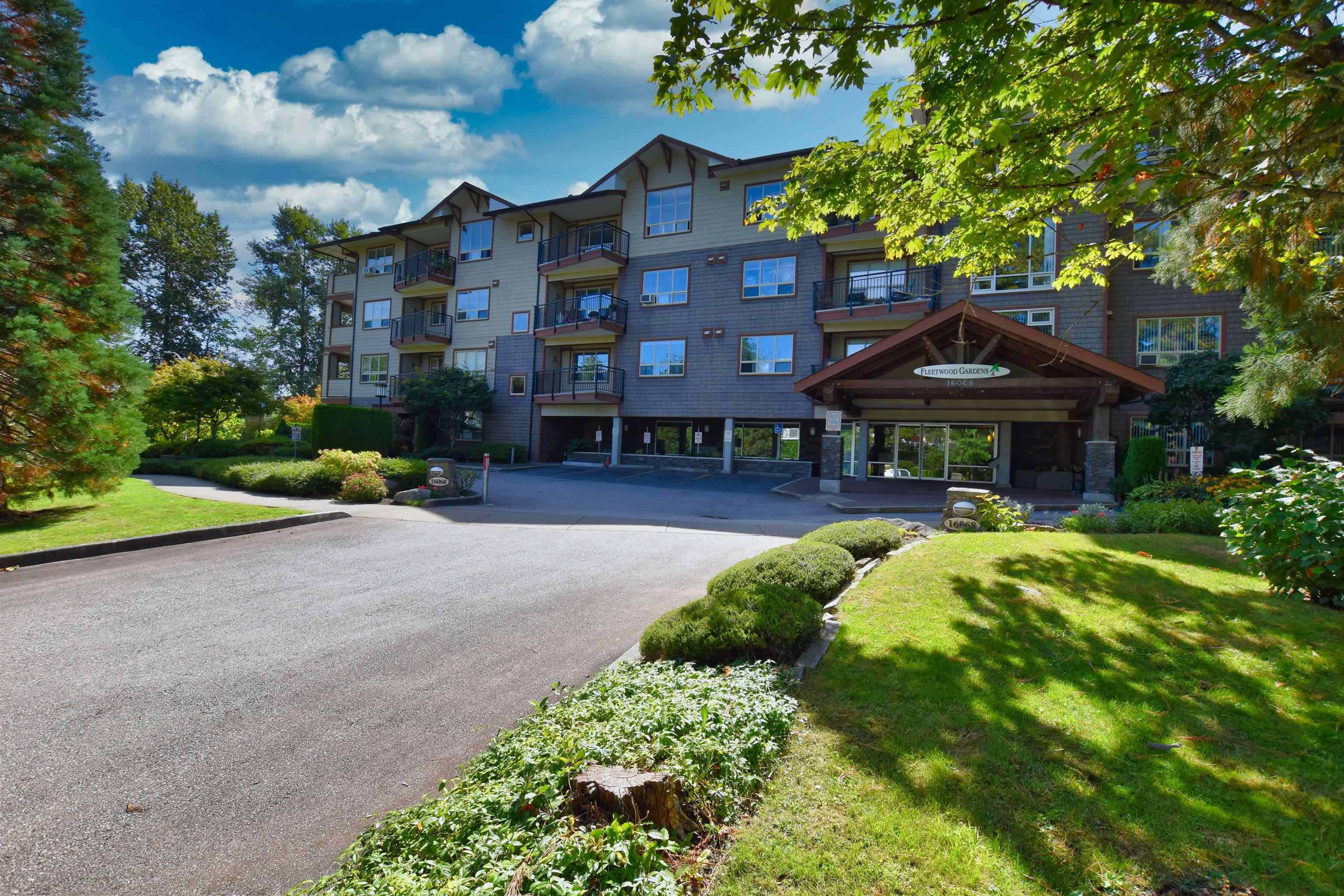 "Main Photo: 304 16068 83 Avenue in Surrey: Fleetwood Tynehead Condo for sale in ""FLEETWOOD GARDENS"" : MLS®# R2615331"