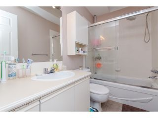 Photo 12: 5 2525 SHAFTSBURY Place in Port Coquitlam: Woodland Acres PQ Townhouse for sale : MLS®# R2013997