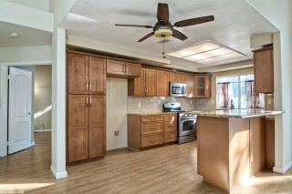 Photo 9: 39330 Calle San Clemente in Murrieta: Residential for sale : MLS®# 180065577