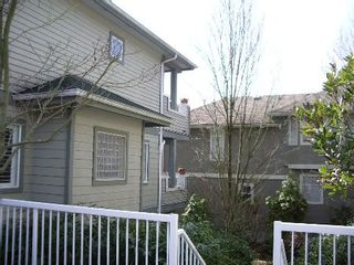 Photo 3: BEAUTIFULLY RENOVATED 3-BR TOWNHOUSE!