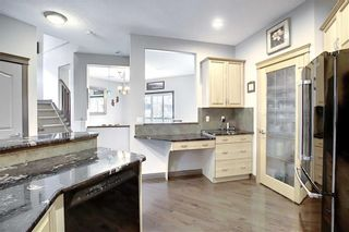 Photo 10: 192 PRESTWICK ESTATE Way SE in Calgary: McKenzie Towne Detached for sale : MLS®# C4306017