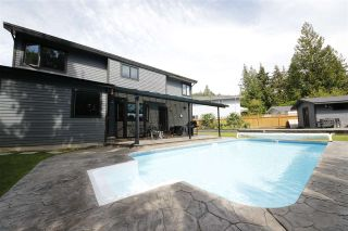 Photo 2: 1005 POLEWE Place in Squamish: Garibaldi Highlands House for sale : MLS®# R2094190