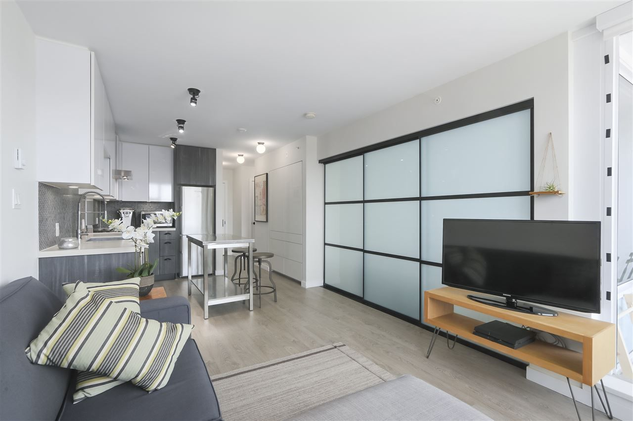 Photo 6: Photos: 406 311 E 6TH AVENUE in Vancouver: Mount Pleasant VE Condo for sale (Vancouver East)  : MLS®# R2401439