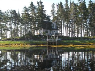 Photo 22: 124 Smith Road in Voglers Cove: 405-Lunenburg County Residential for sale (South Shore)  : MLS®# 202102939