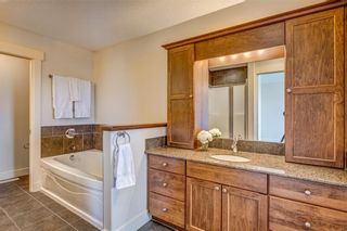 Photo 10: 2229 31 Street SW in Calgary: Killarney/Glengarry Semi Detached for sale : MLS®# C4236943