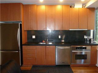 """Photo 35: 613 1333 W GEORGIA Street in Vancouver: Coal Harbour Condo for sale in """"Qube"""" (Vancouver West)  : MLS®# V1024937"""
