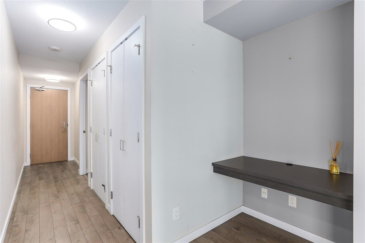 """Photo 8: Photos: 905 2232 DOUGLAS Road in Burnaby: Brentwood Park Condo for sale in """"AFFINITY"""" (Burnaby North)  : MLS®# R2227277"""