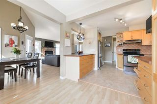 Photo 13: 10819 19B Avenue in Edmonton: Zone 16 House for sale : MLS®# E4237059