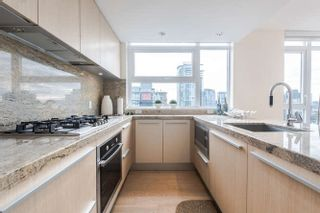 """Photo 5: 2207 1351 CONTINENTAL Street in Vancouver: Downtown VW Condo for sale in """"MADDOX"""" (Vancouver West)  : MLS®# R2040078"""